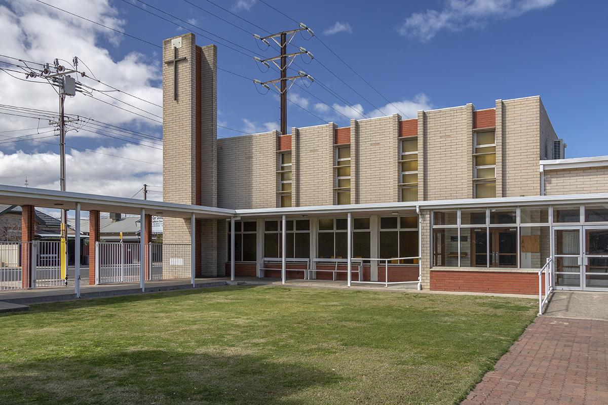 Liturgy, Community, Modernity: new churches in the Western suburbs 1945-1990